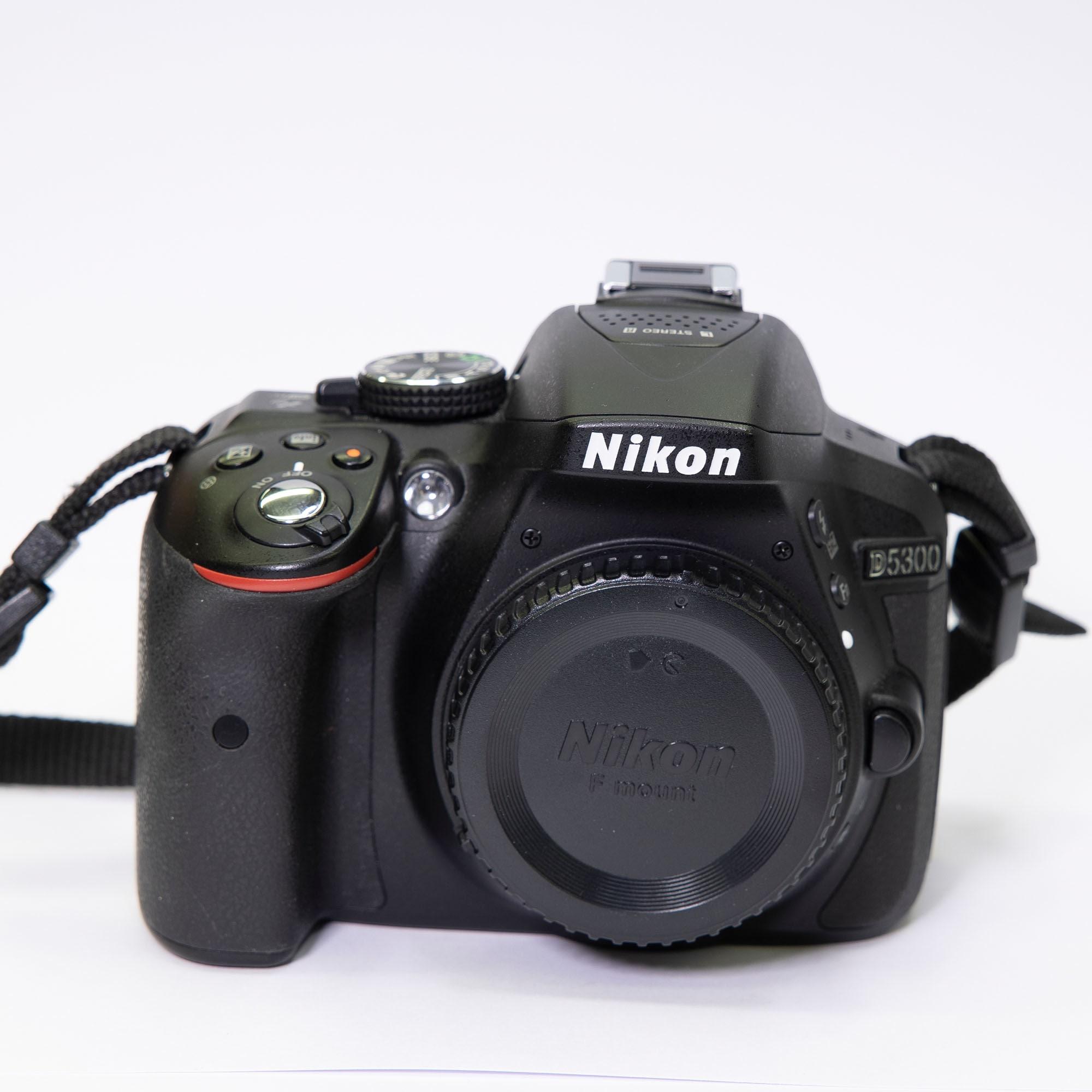 Nikon D5300 Kamerahus - BEGAGNAT