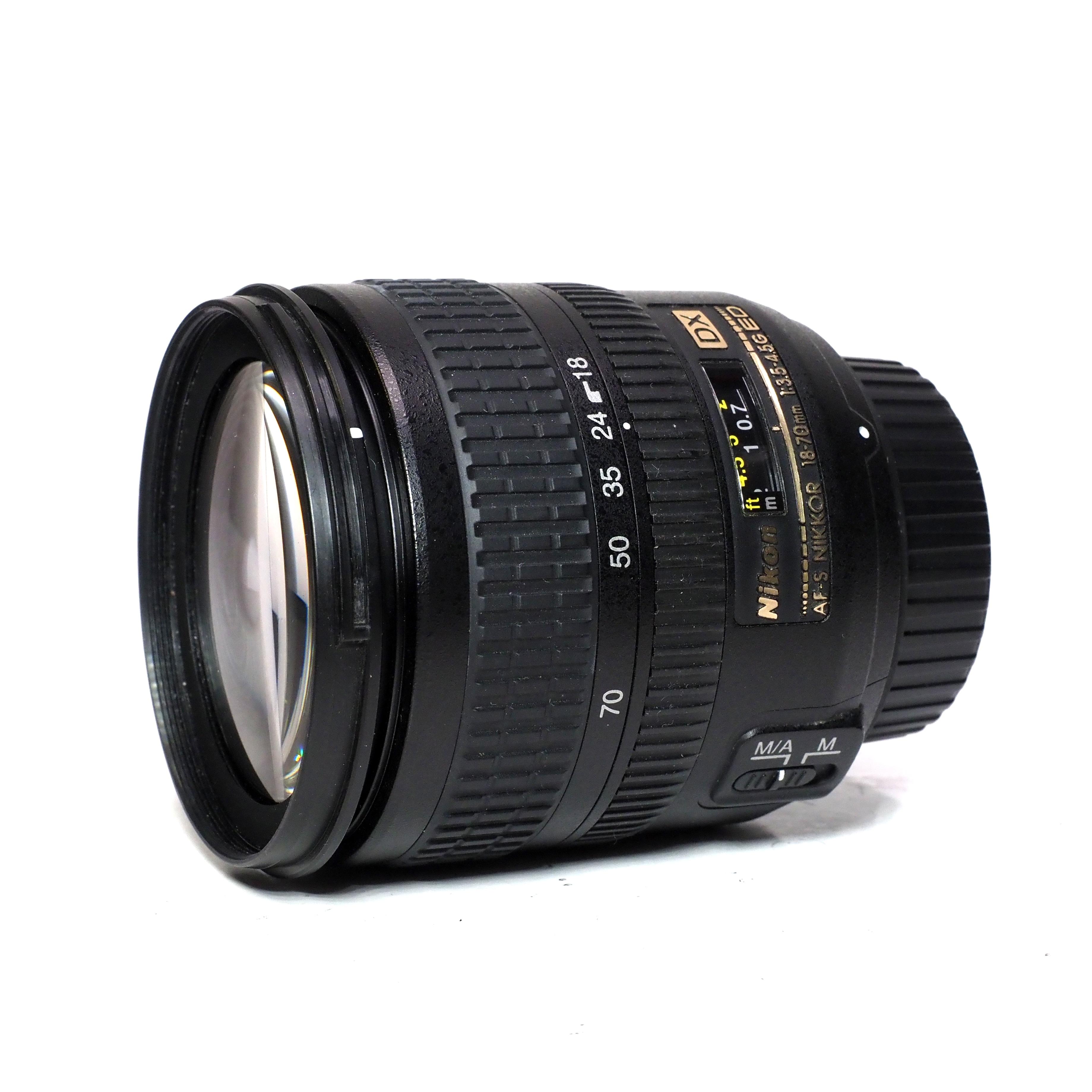 Nikon AF-S 18-70mm f/3,5-4,5 G ED DX - BEGAGNAT