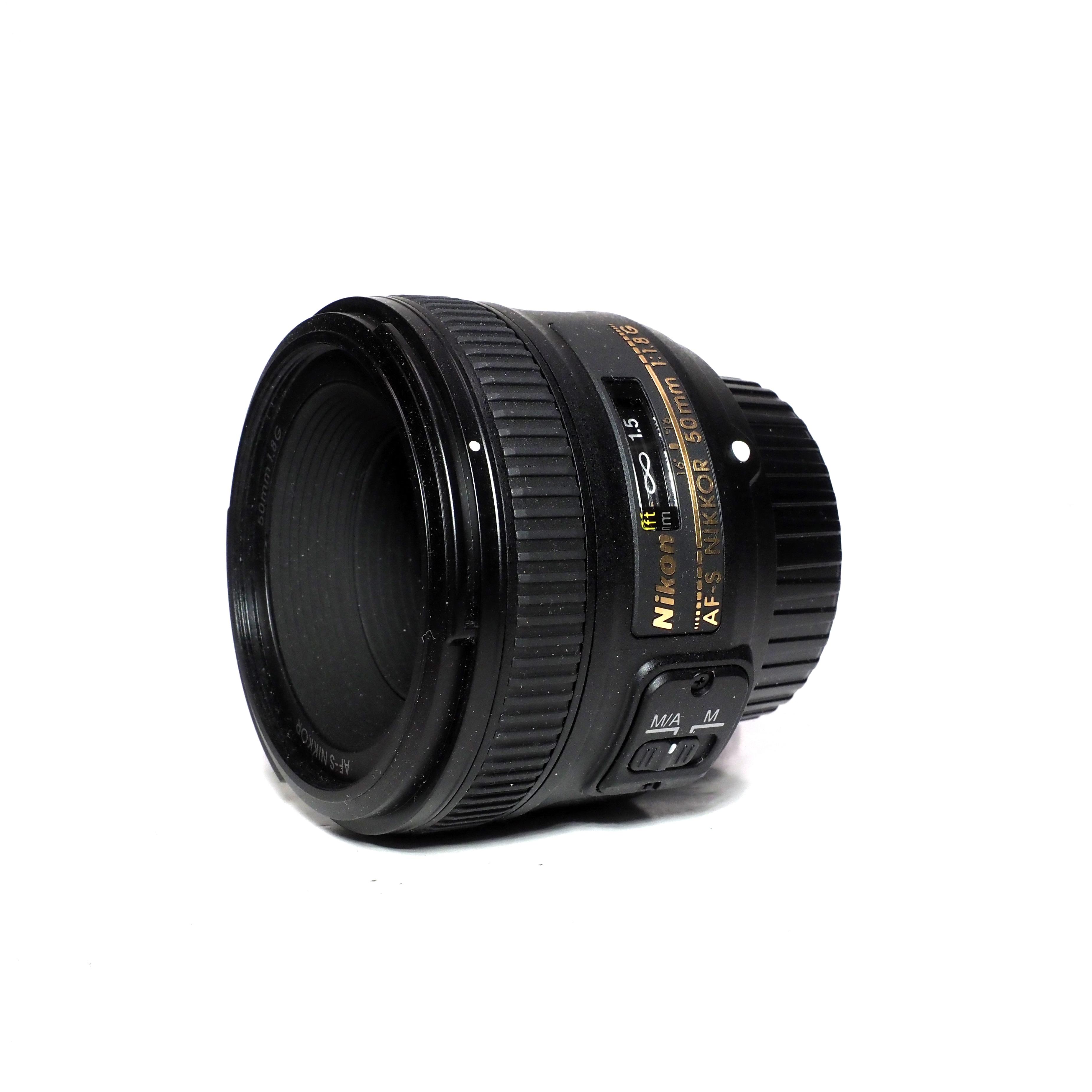 Nikon AF-S NIKKOR 50mm f/1,8 G - BEGAGNAT