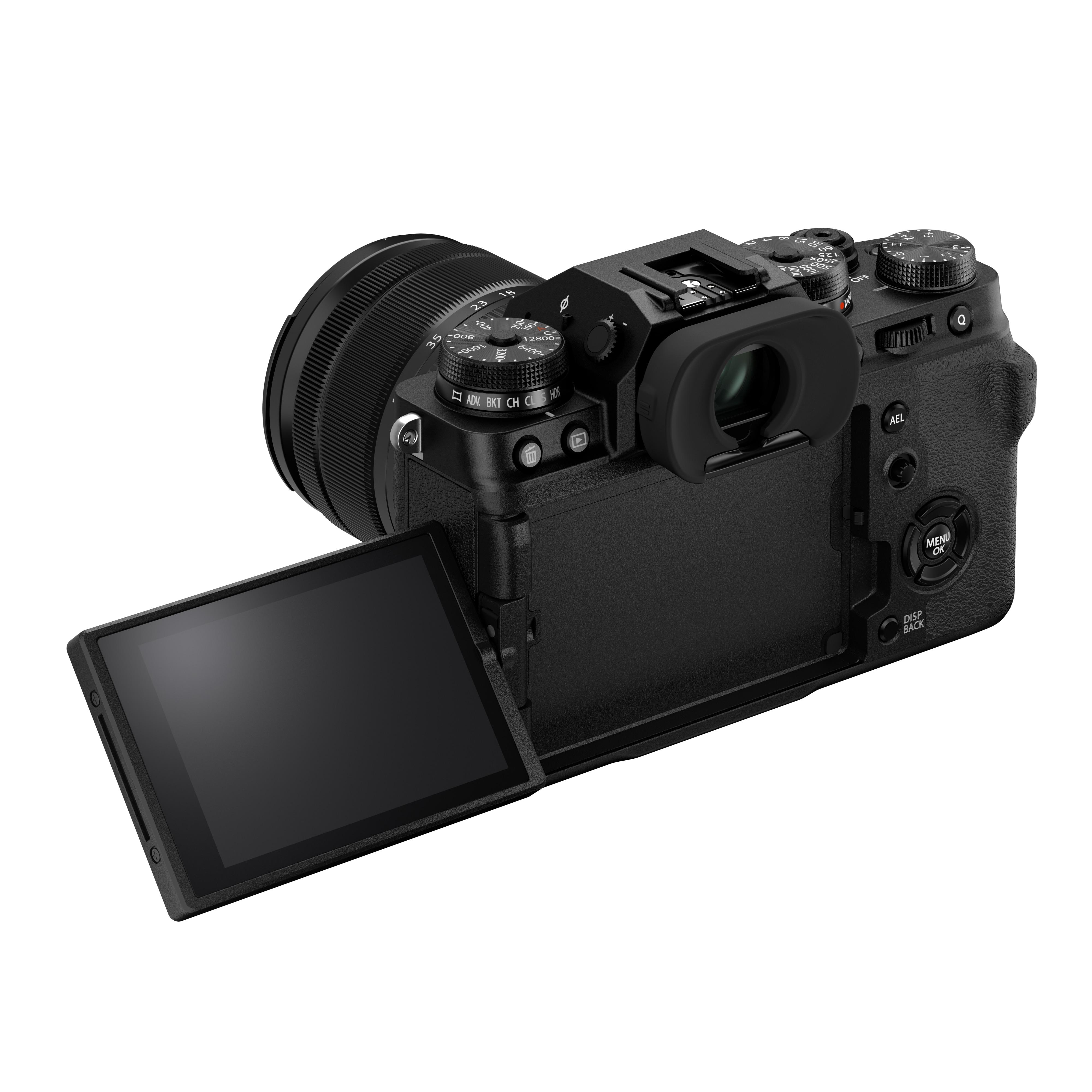 Fujifilm X-T4 + 18-55mm f/2.8-4 R LM OIS Svart