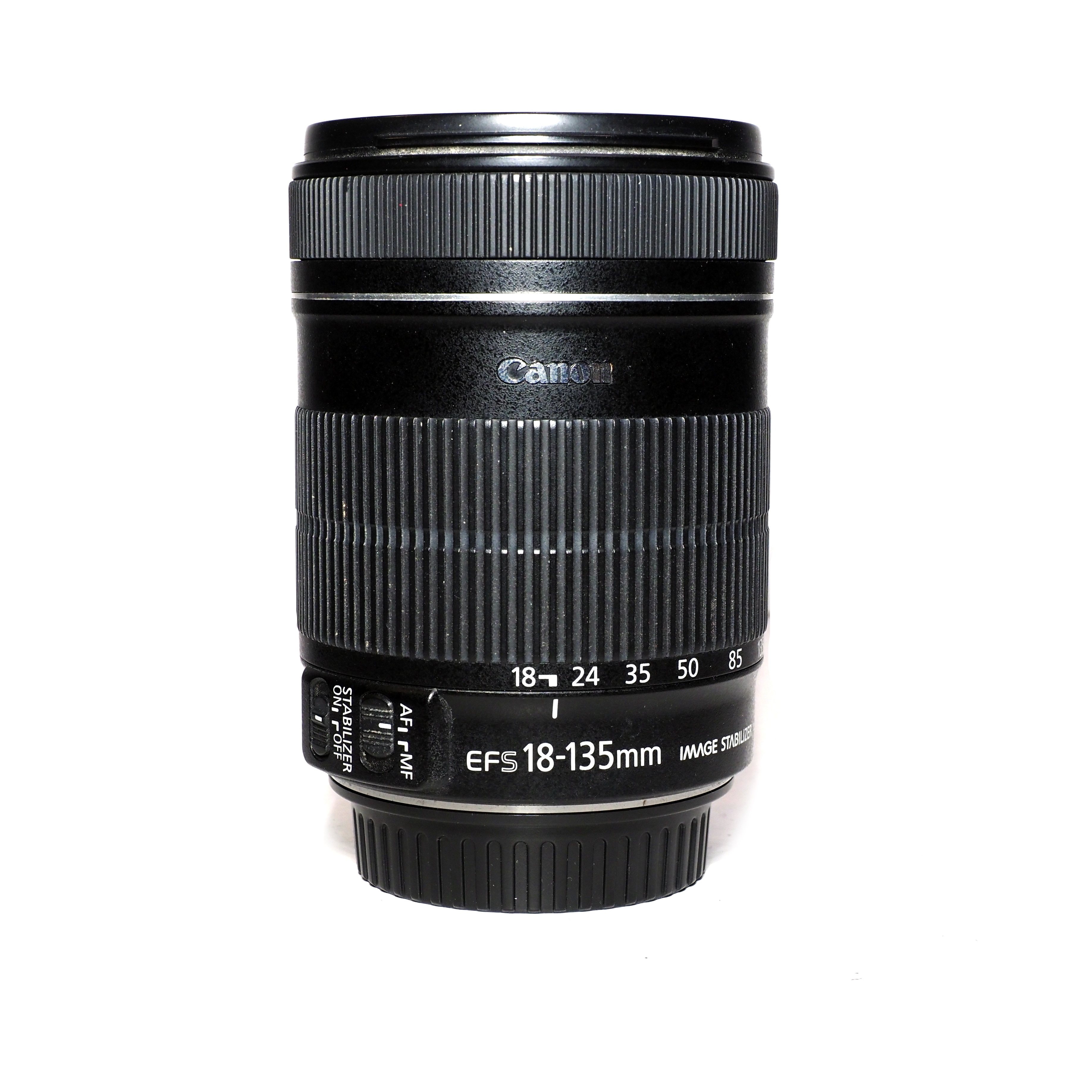 Canon EF-S 18-135mm f/3,5-5,6 IS - BEGAGNAT