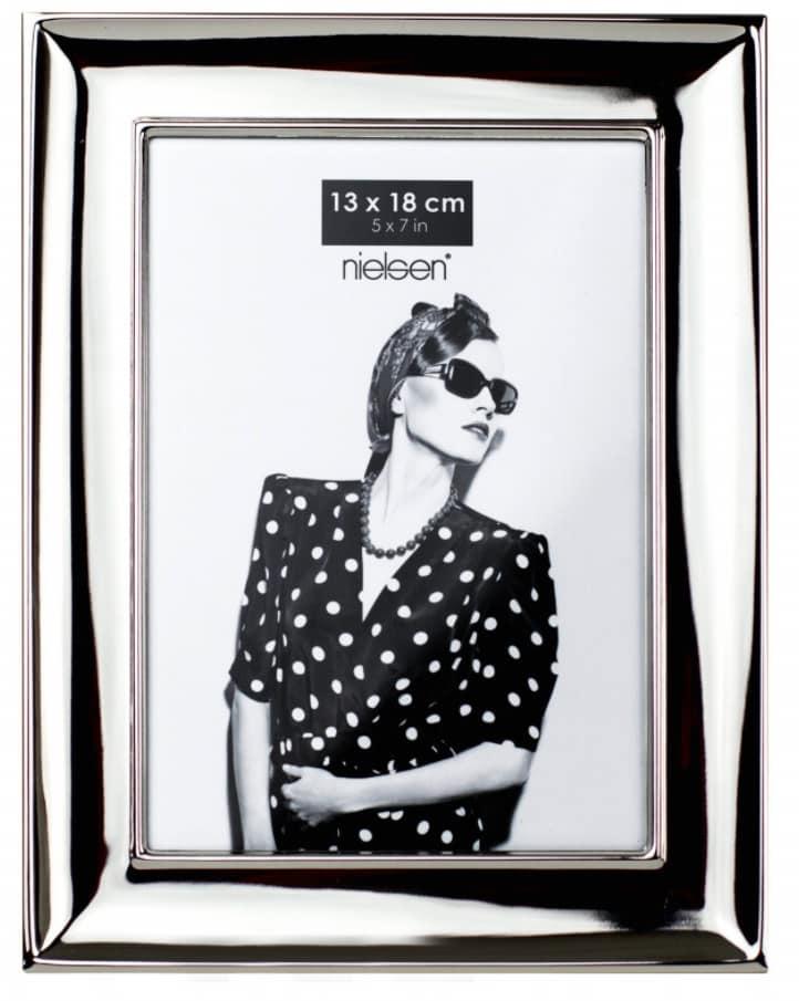 Nielsen Glossy 13x18 Silver