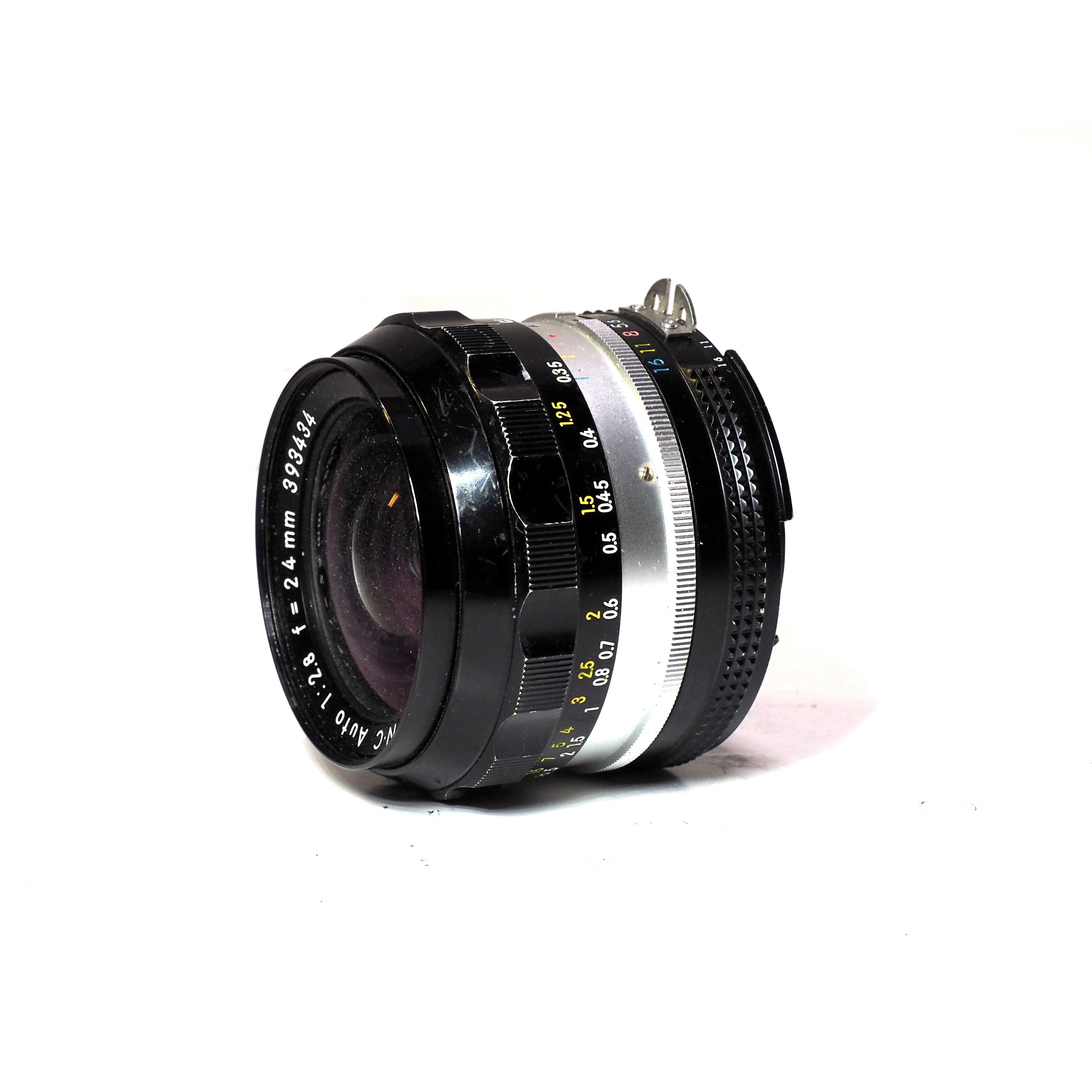 Nikon NIKKOR-NC 24mm F/2,8 - BEGAGNAT