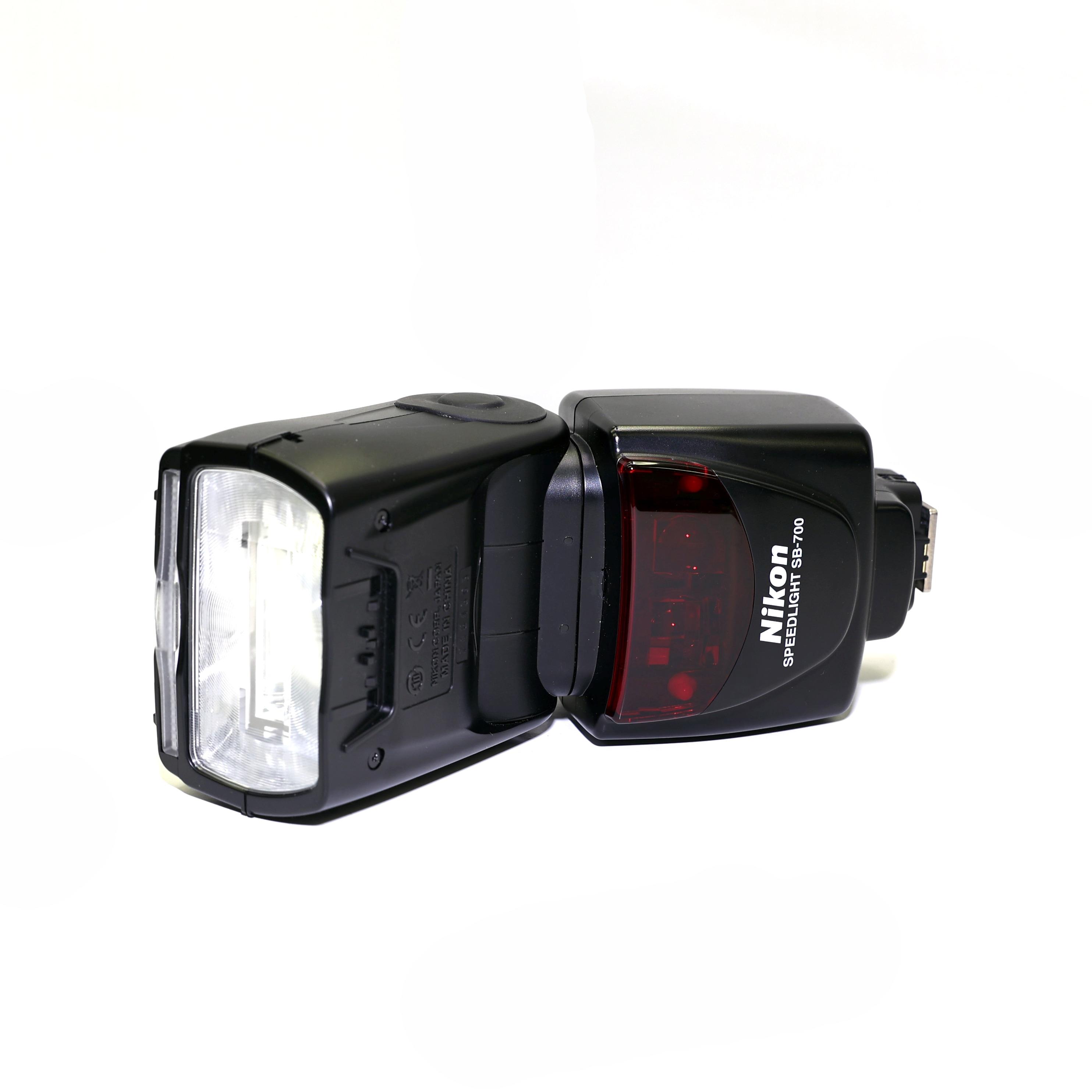 Nikon Speedlight SB-700 - BEGAGNAT