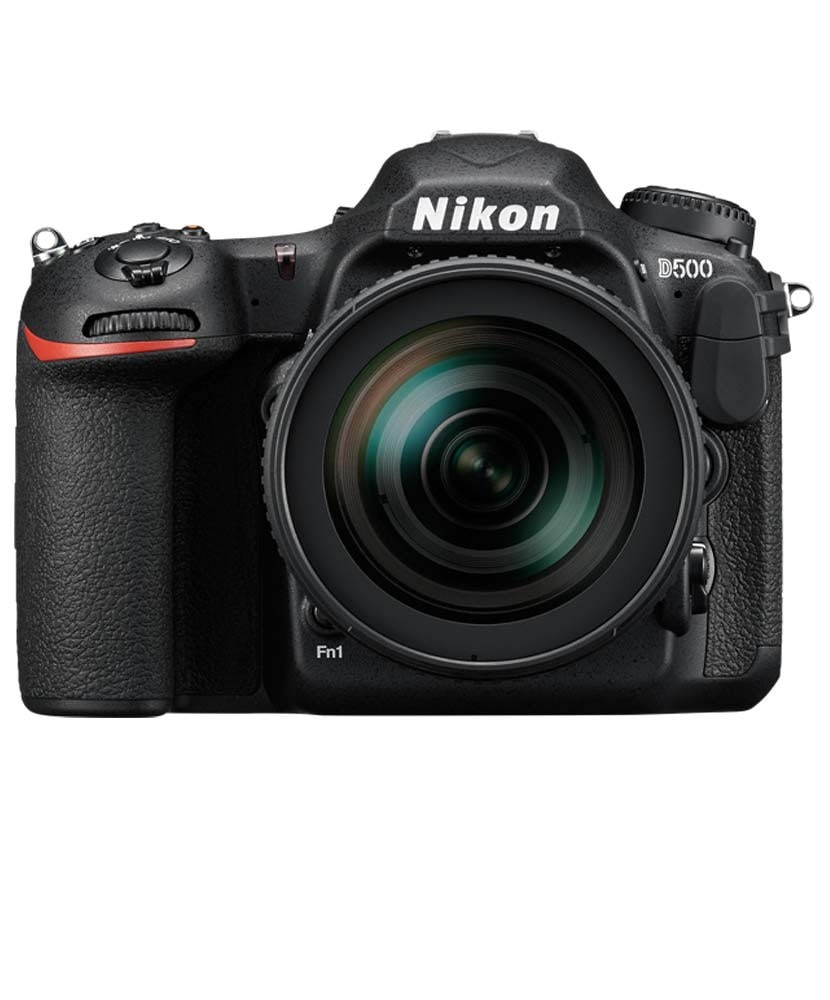 Nikon D500 + 16-80mm f/2,8-4,0 VR