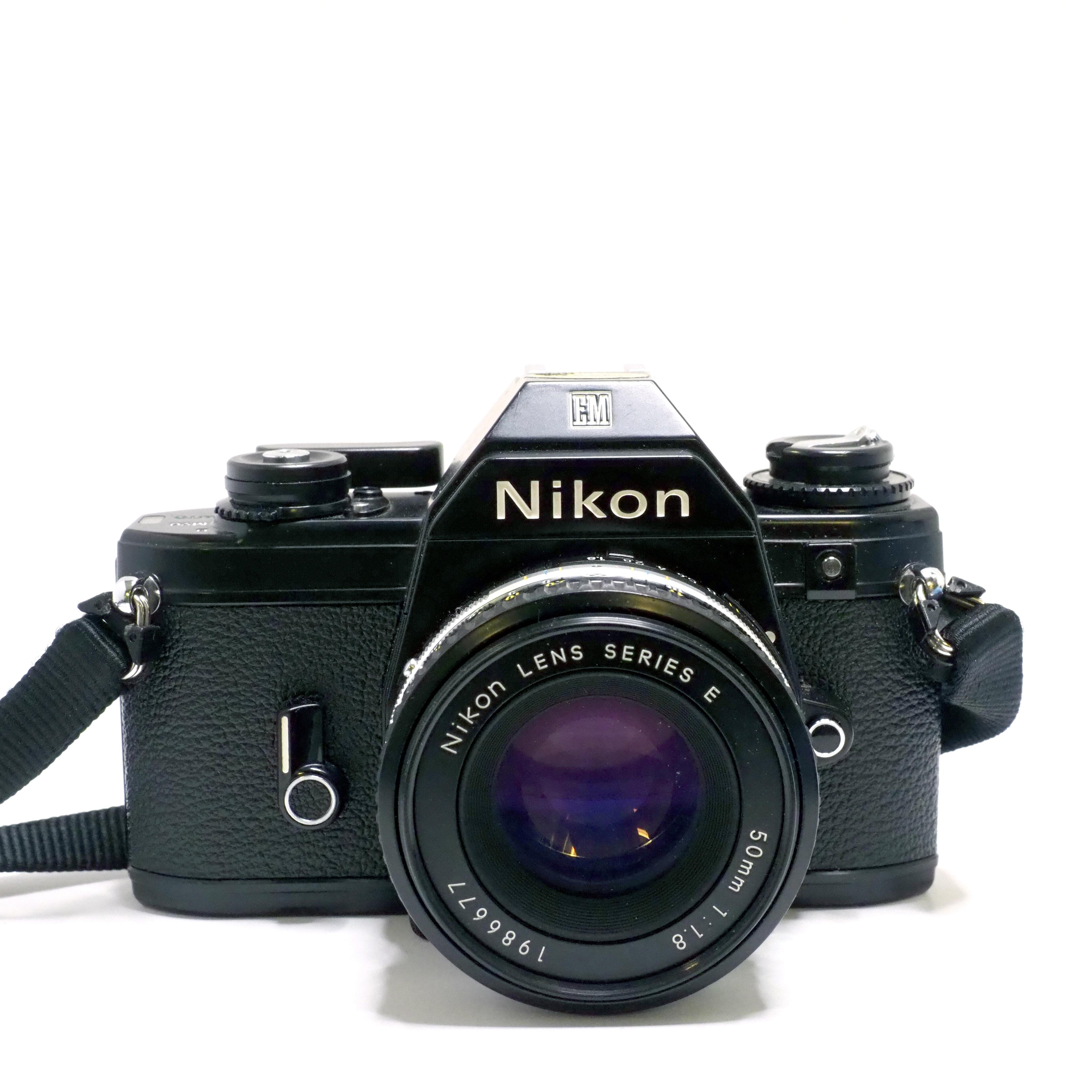Nikon EM + 50mm f/1,8 - BEGAGNAT