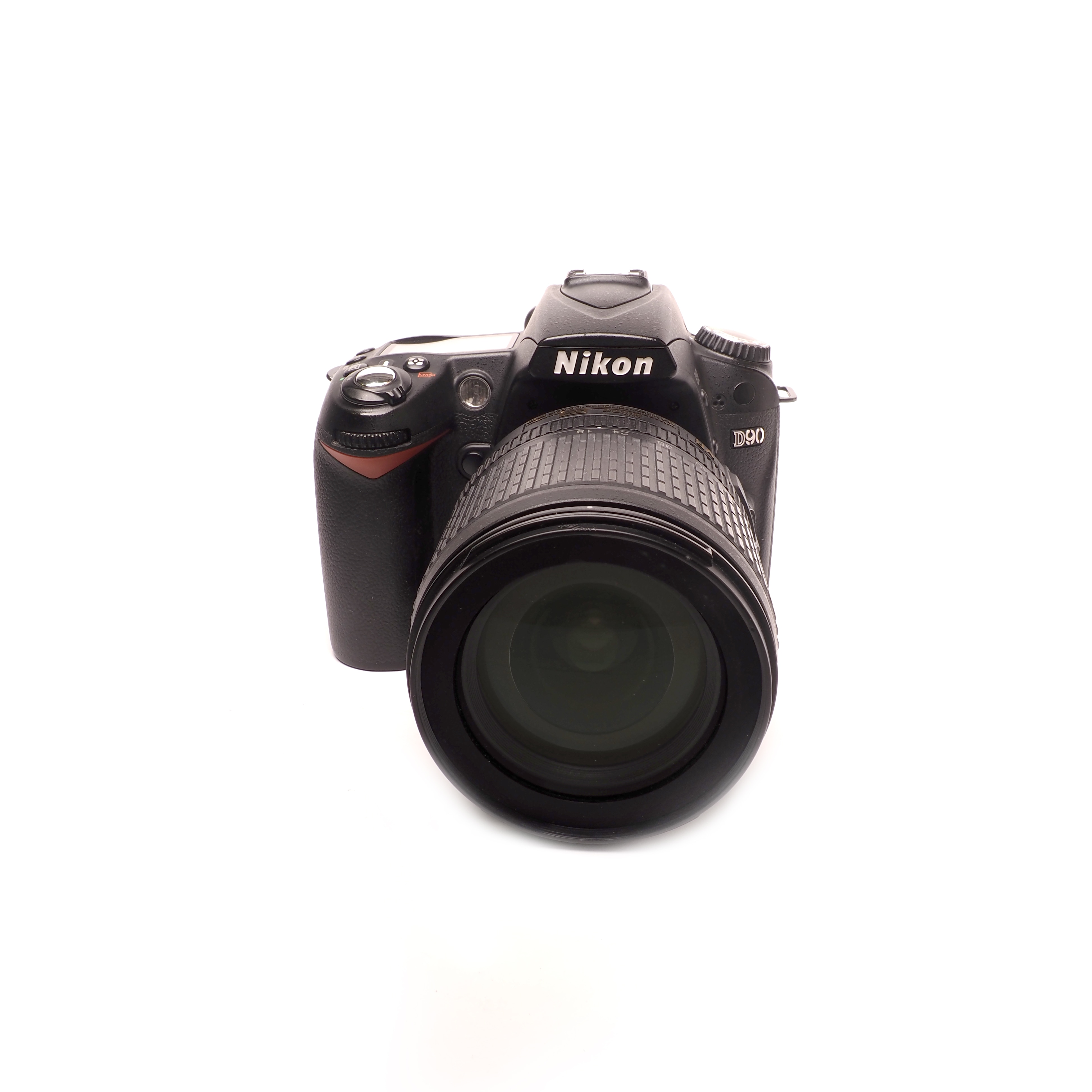NIkon D90 + 18-105mm BEGAGNAT