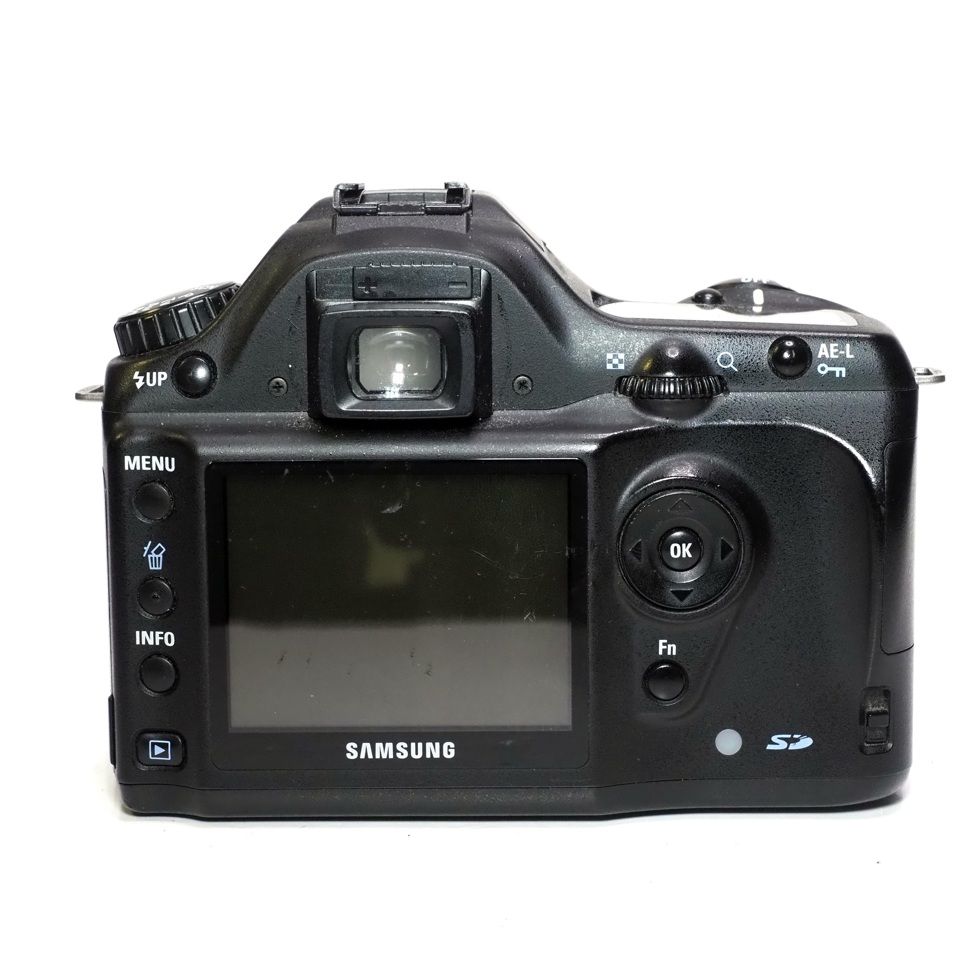 Samsung GX 1L + SMC Pentax-F 35-70mm f/3,5-4,5. - BEGAGNAT